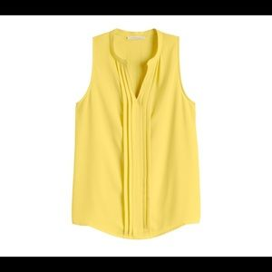 41 Hawthorn Yellow Pleated Sleeveless Blouse